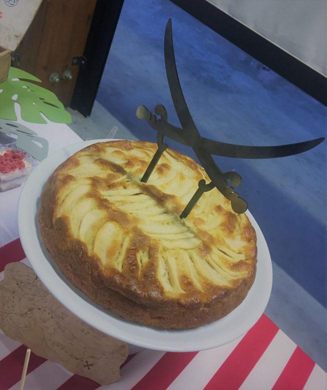 cake topper spade